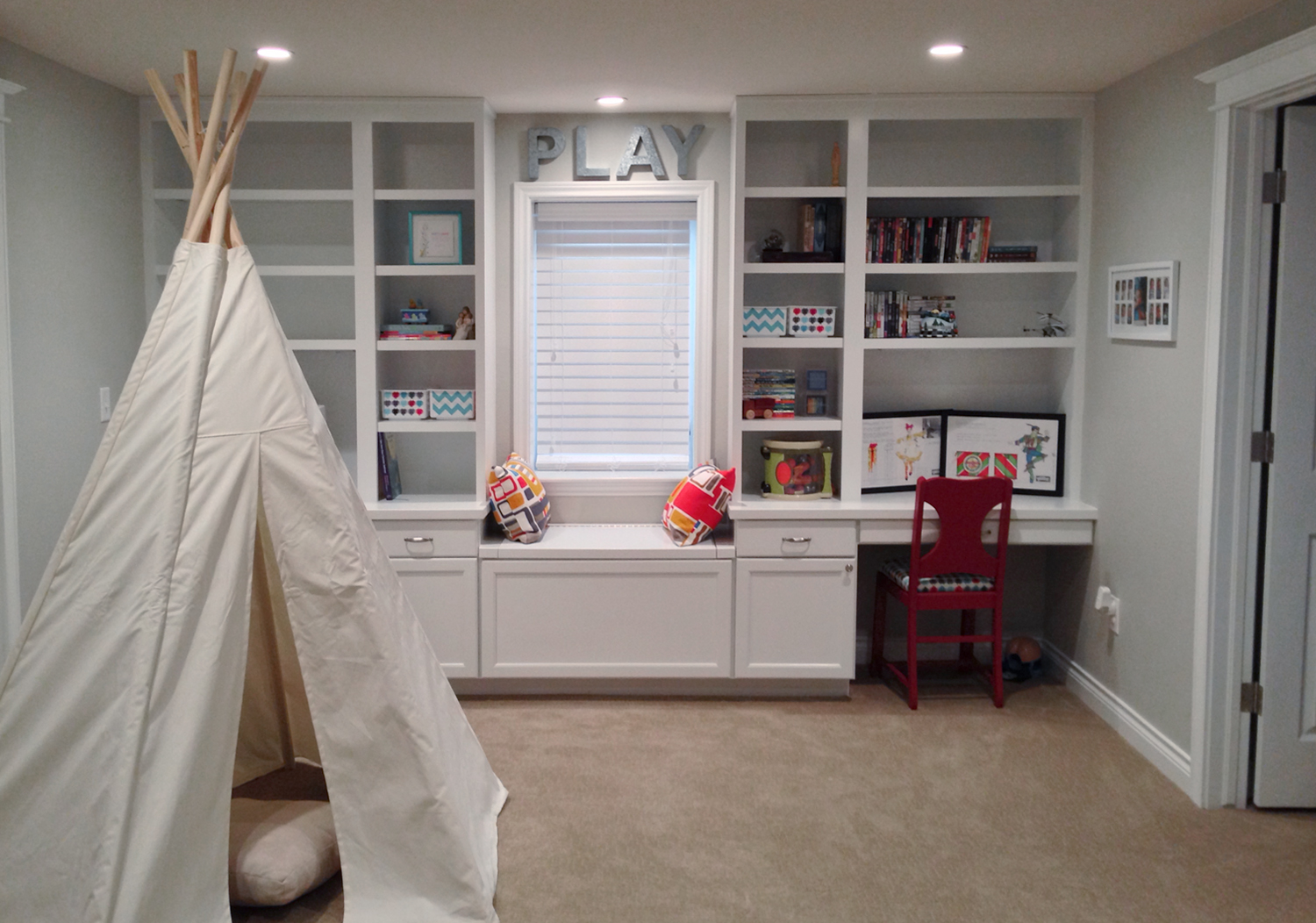 Georgeson Style basement design playroom