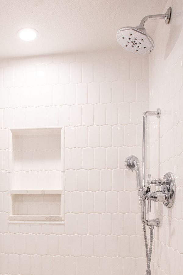 Georgeson Style shower design detail