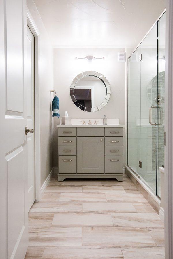 Georgeson Style bathroom mirror