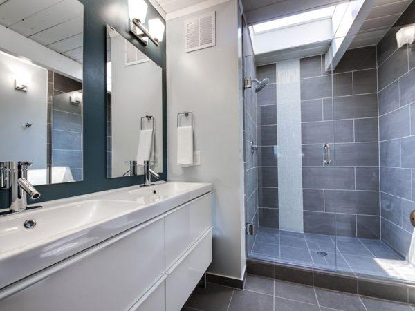 Georgeson Style luxury bathroom design